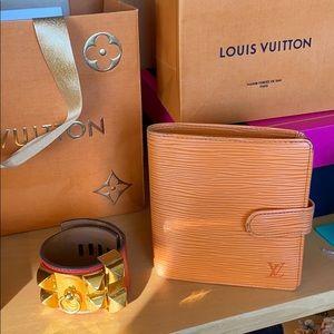 Authentic Louis Vuitton Epi Leather Wallet